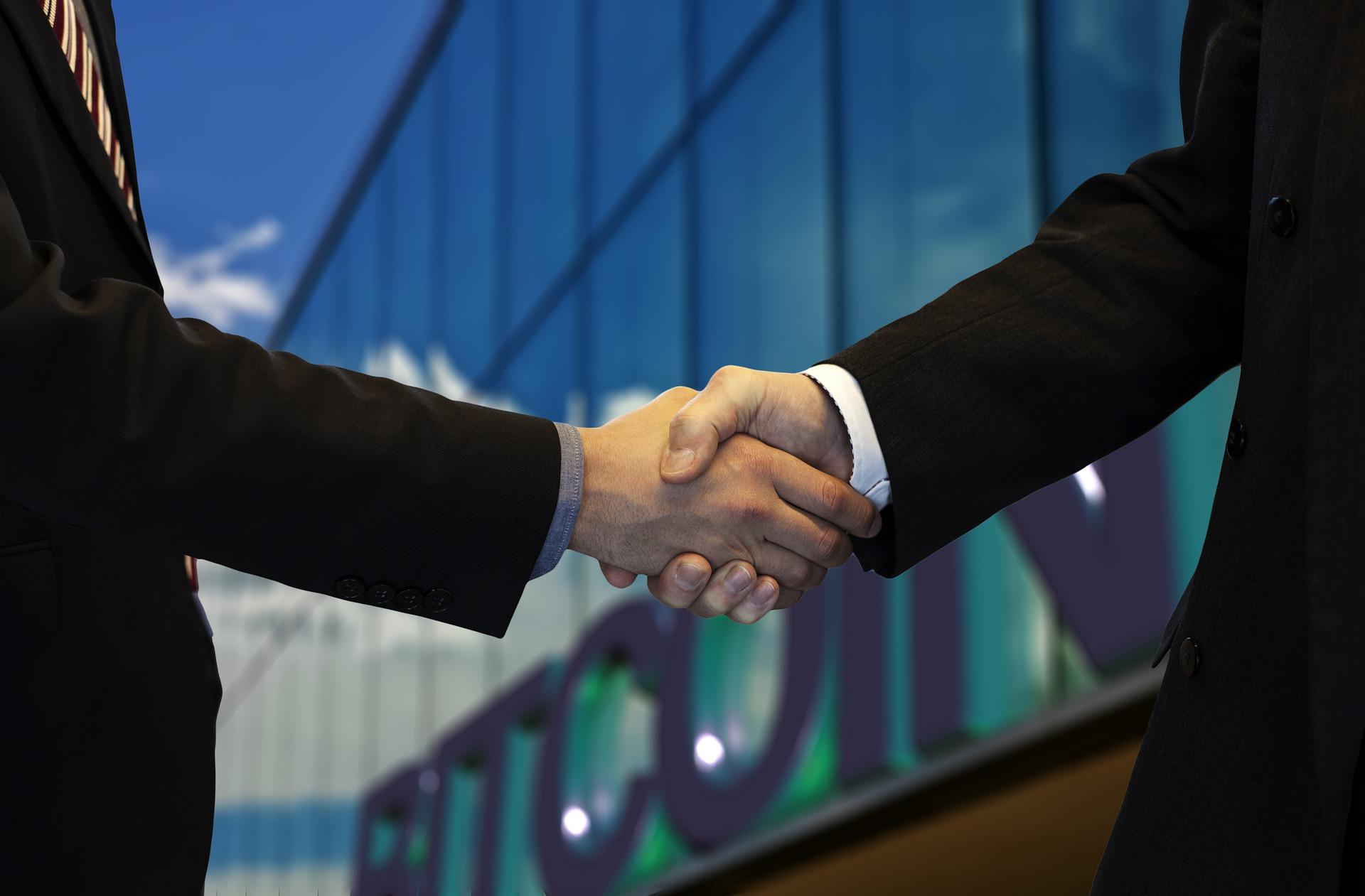 handshake-5760544_1920.jpg