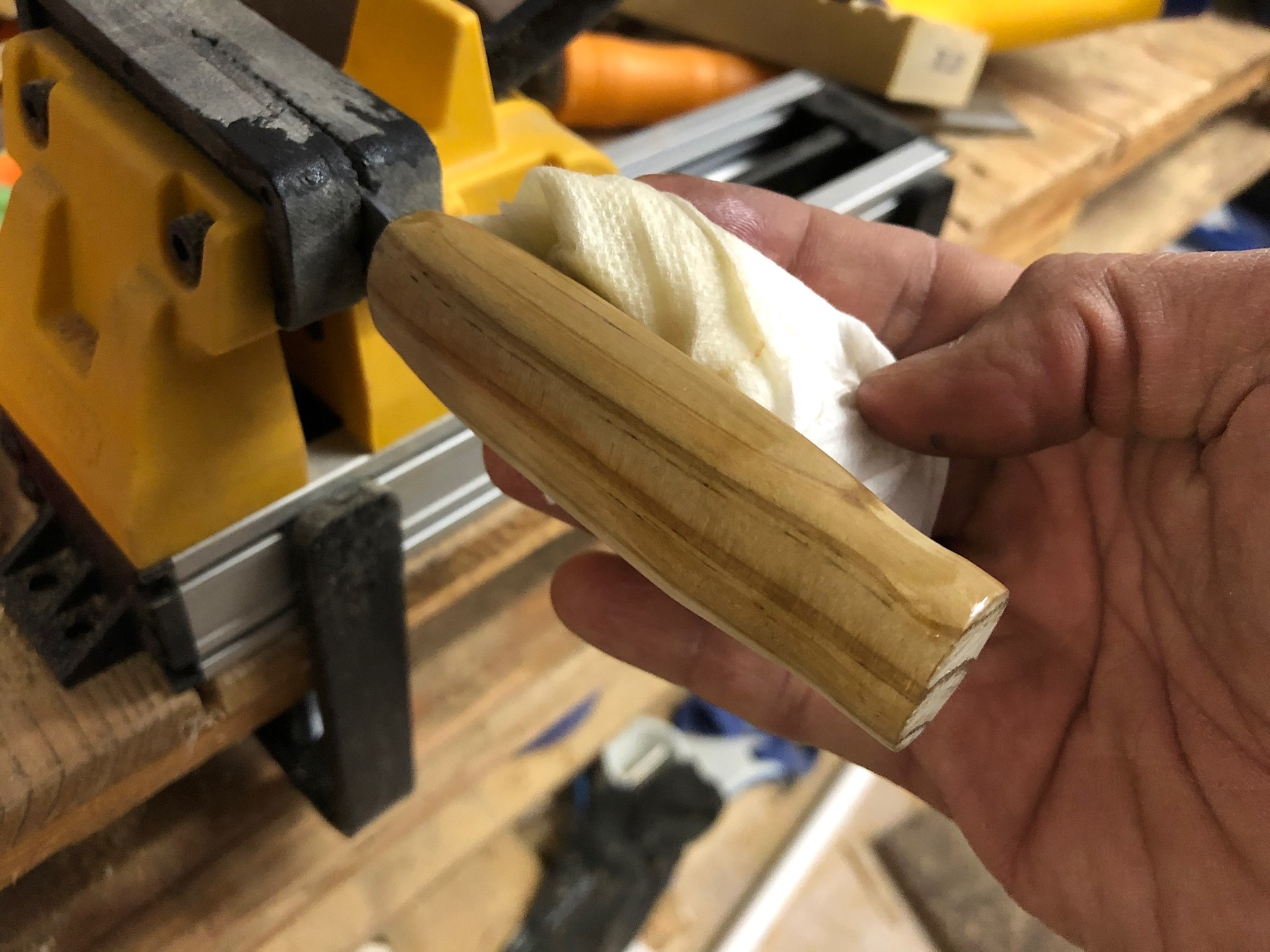 Oiling a wooden knife handle