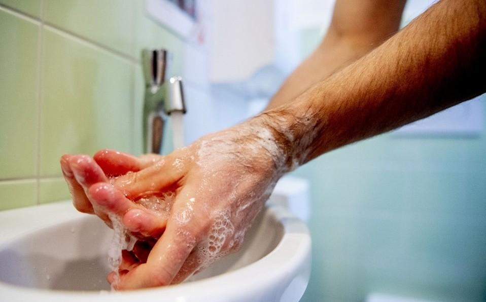lavar-manos-frecuentemente-tocar-cara_0_21_958_596.jpg
