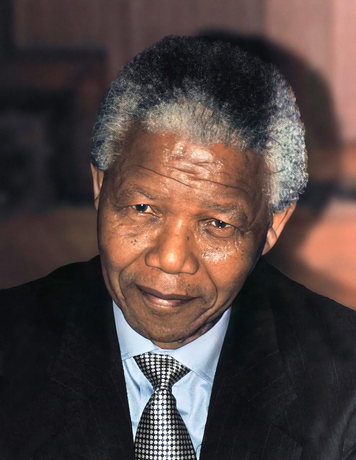 Nelson_Mandela_1994.jpg