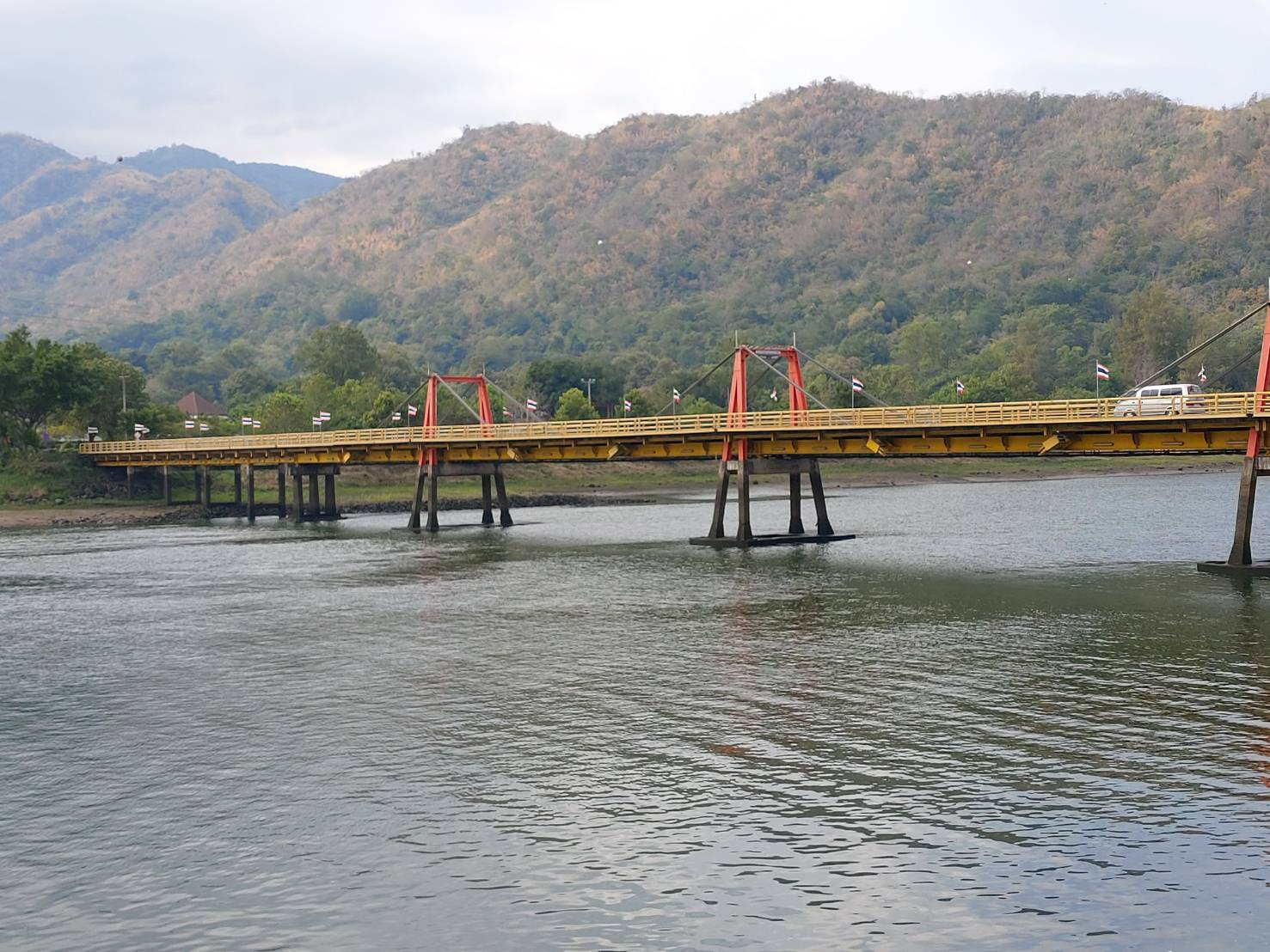 Bhumibol Dam9.jpg