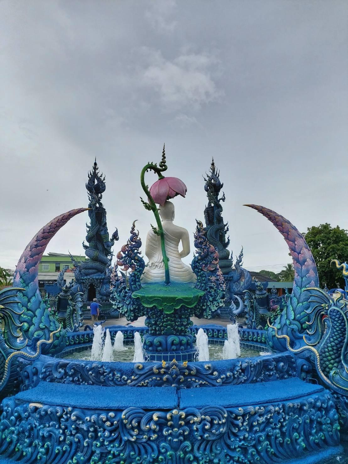 Wat Rong Suea Ten7.jpg