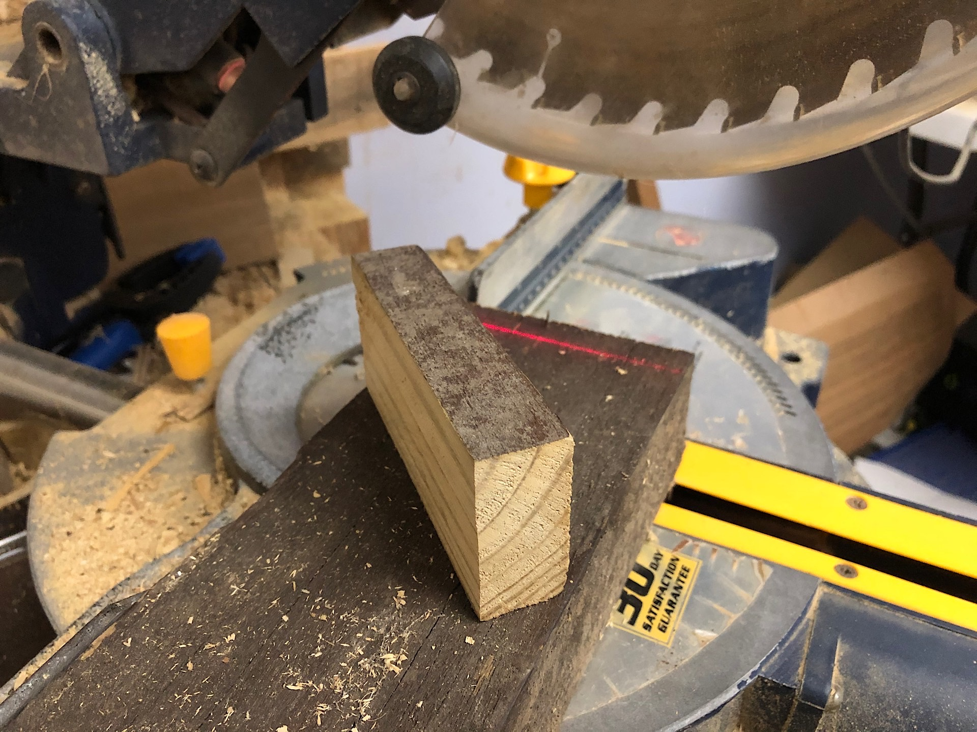 Cutting hardwood with compound saw
