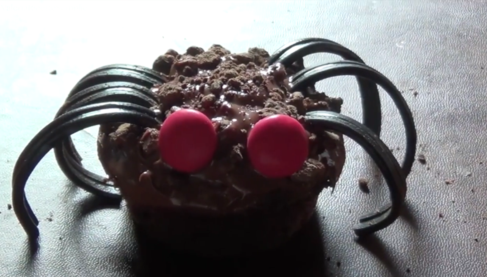 45.-Sweet recipes for the scariest night of Halloween Halloween spiders-1.png