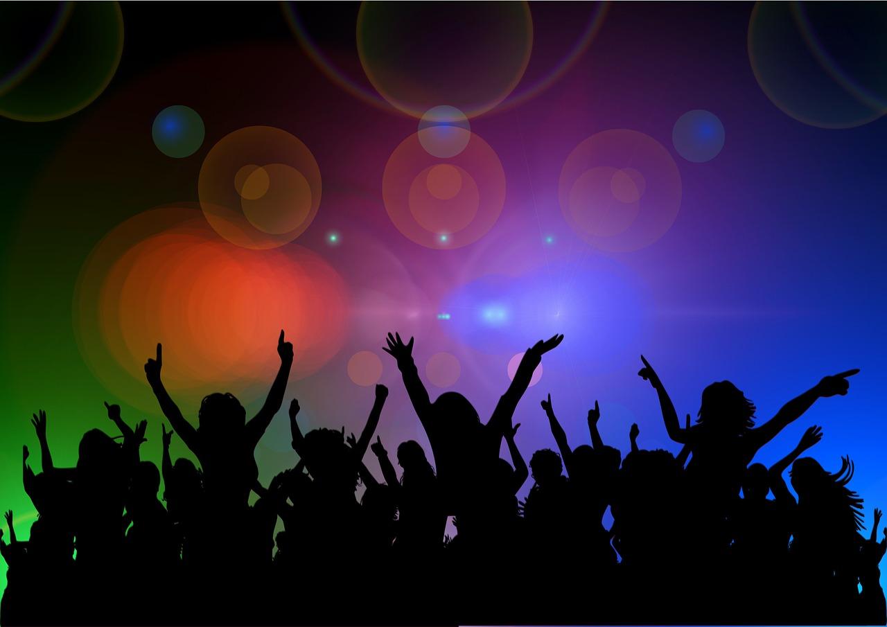 cheers-204742_1280.jpg