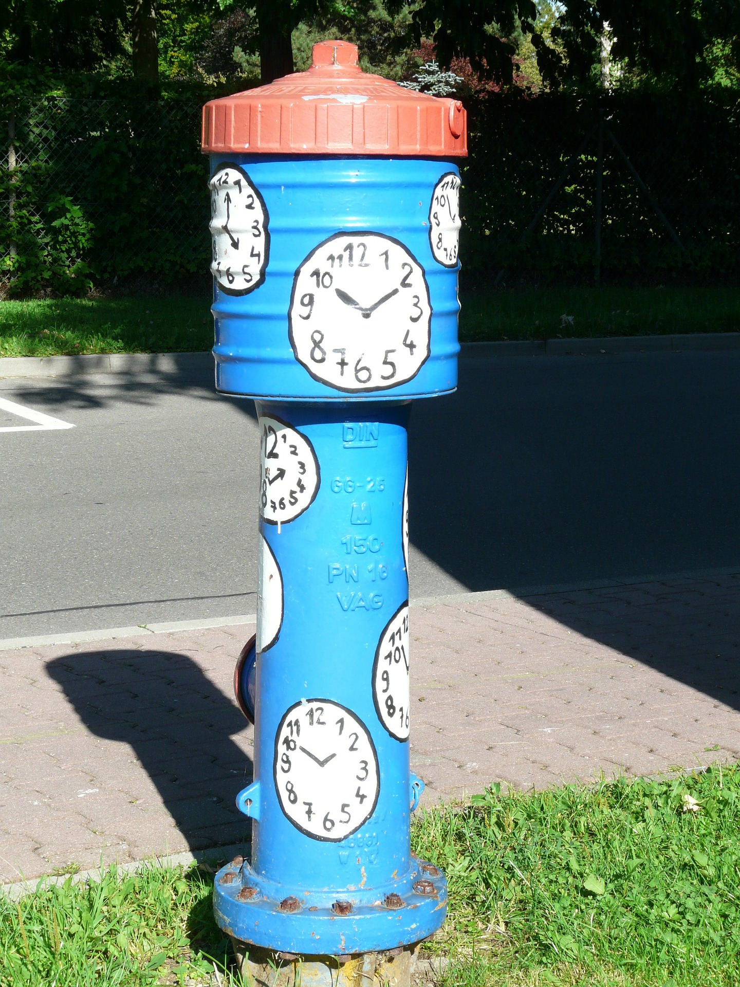 hydrant-58859_1920.jpg