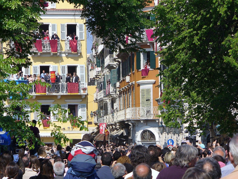 1440px-Easter_in_Corfu_2011 wiki.jpg