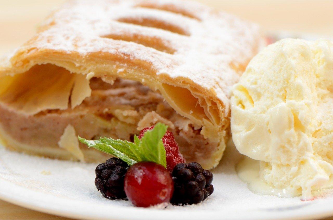 food-3088309_1280 pixabay.jpg