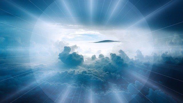 clouds-2709662_640.jpg