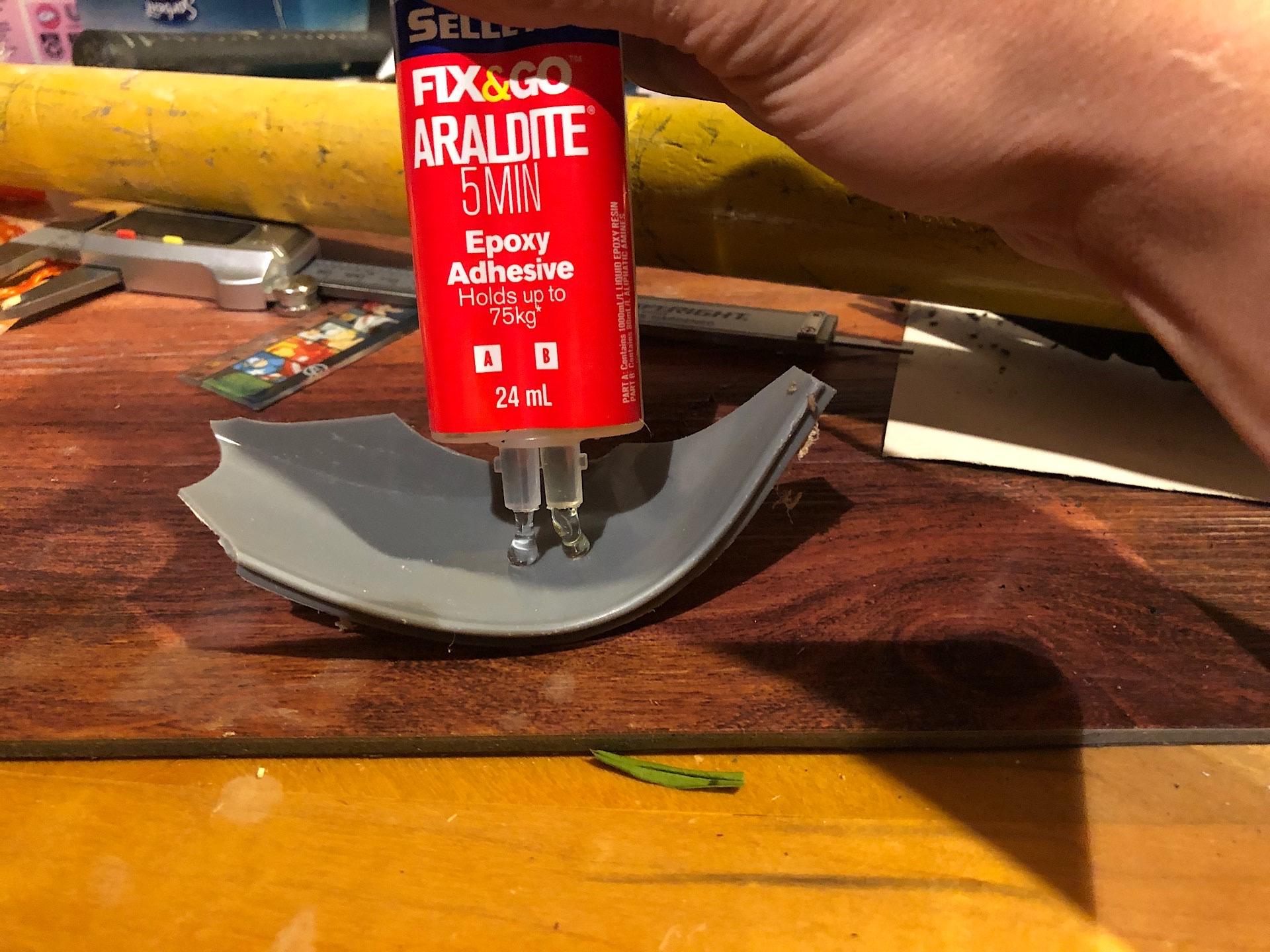 Mixing two-part epoxy