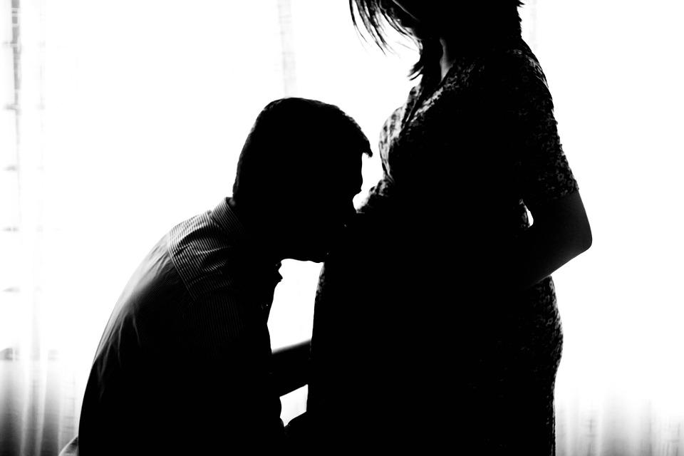 pregnant-971982_960_720.jpg