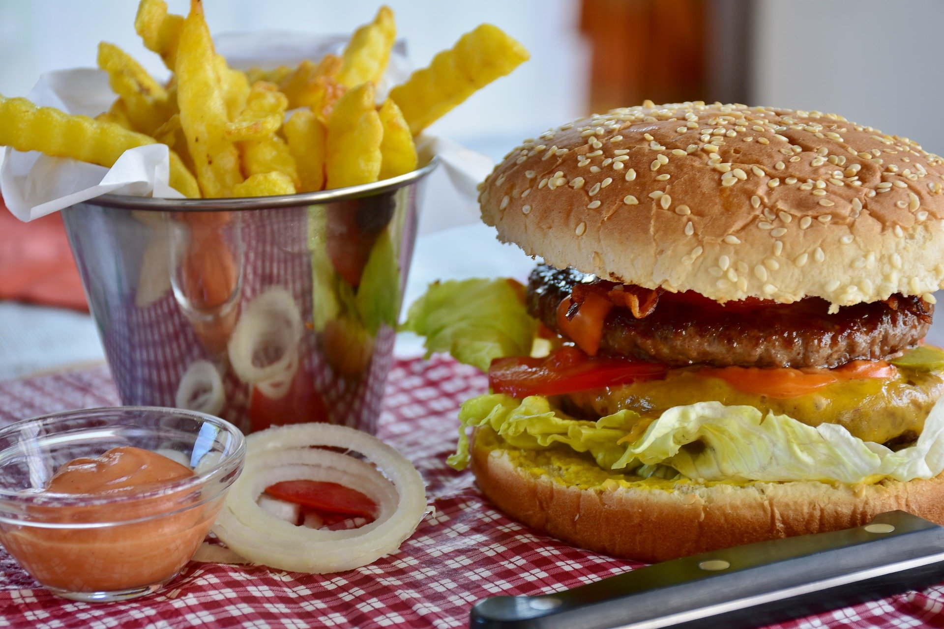 burger-3442227_1920.jpg