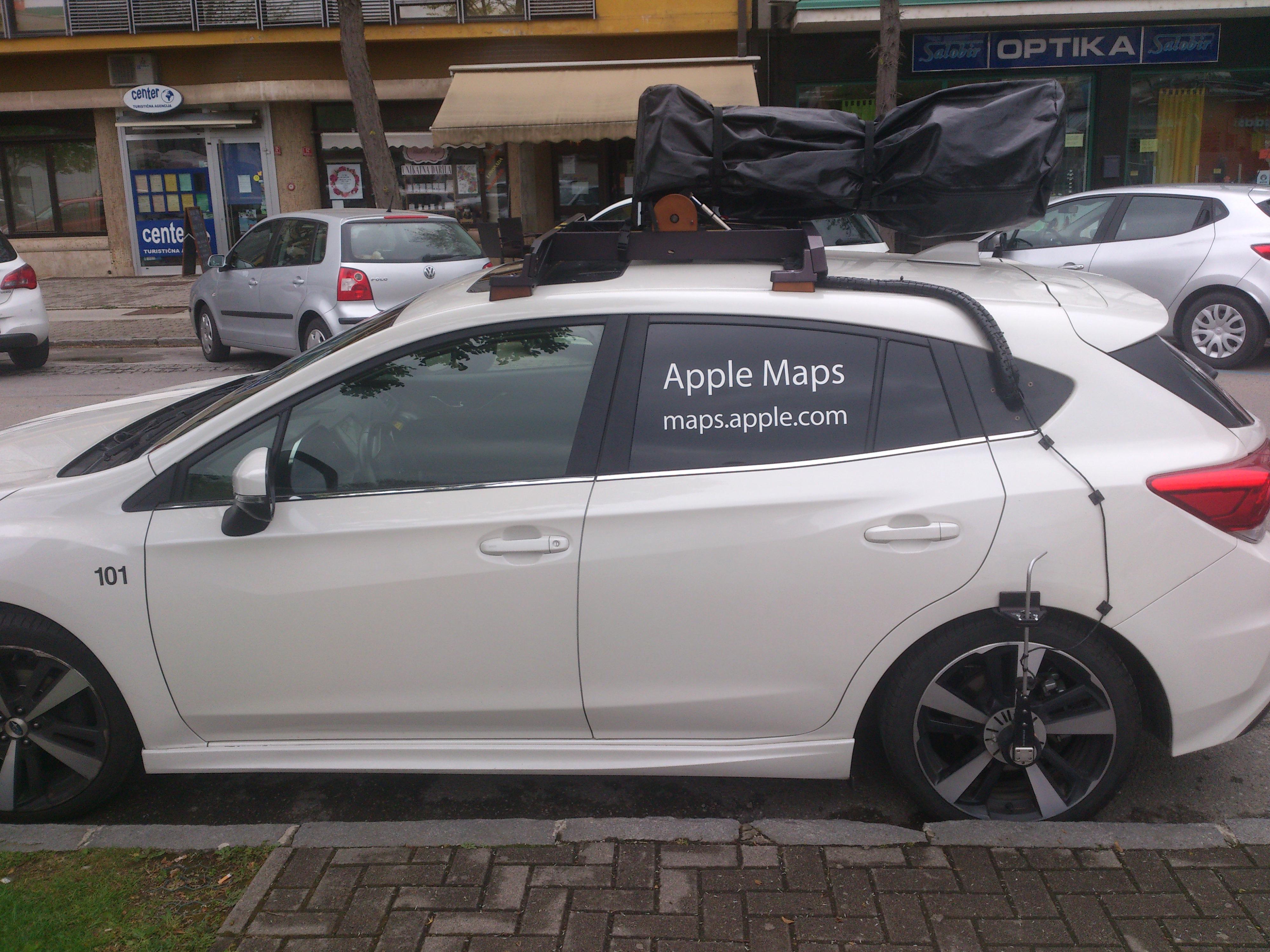 AppleMaps_car.jpg