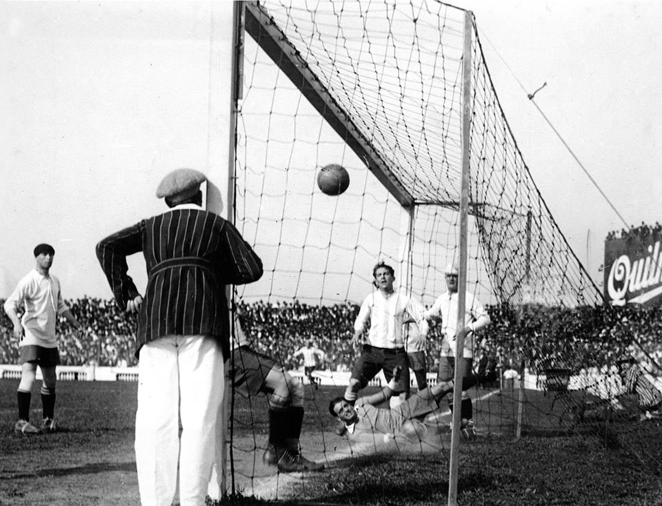 43.-El-fundador-del-gol-olimpico.jpg