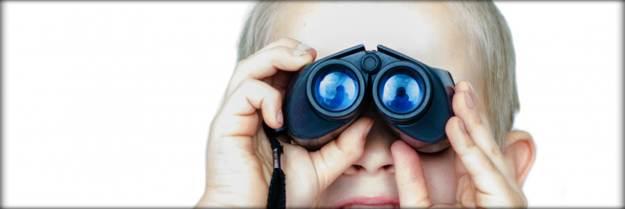 child-and-binoculars-cabecera2.jpg