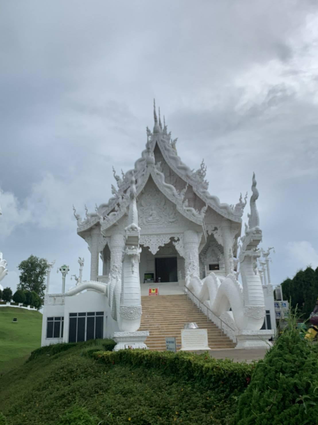 Wat Huay Pla Kang8.jpg