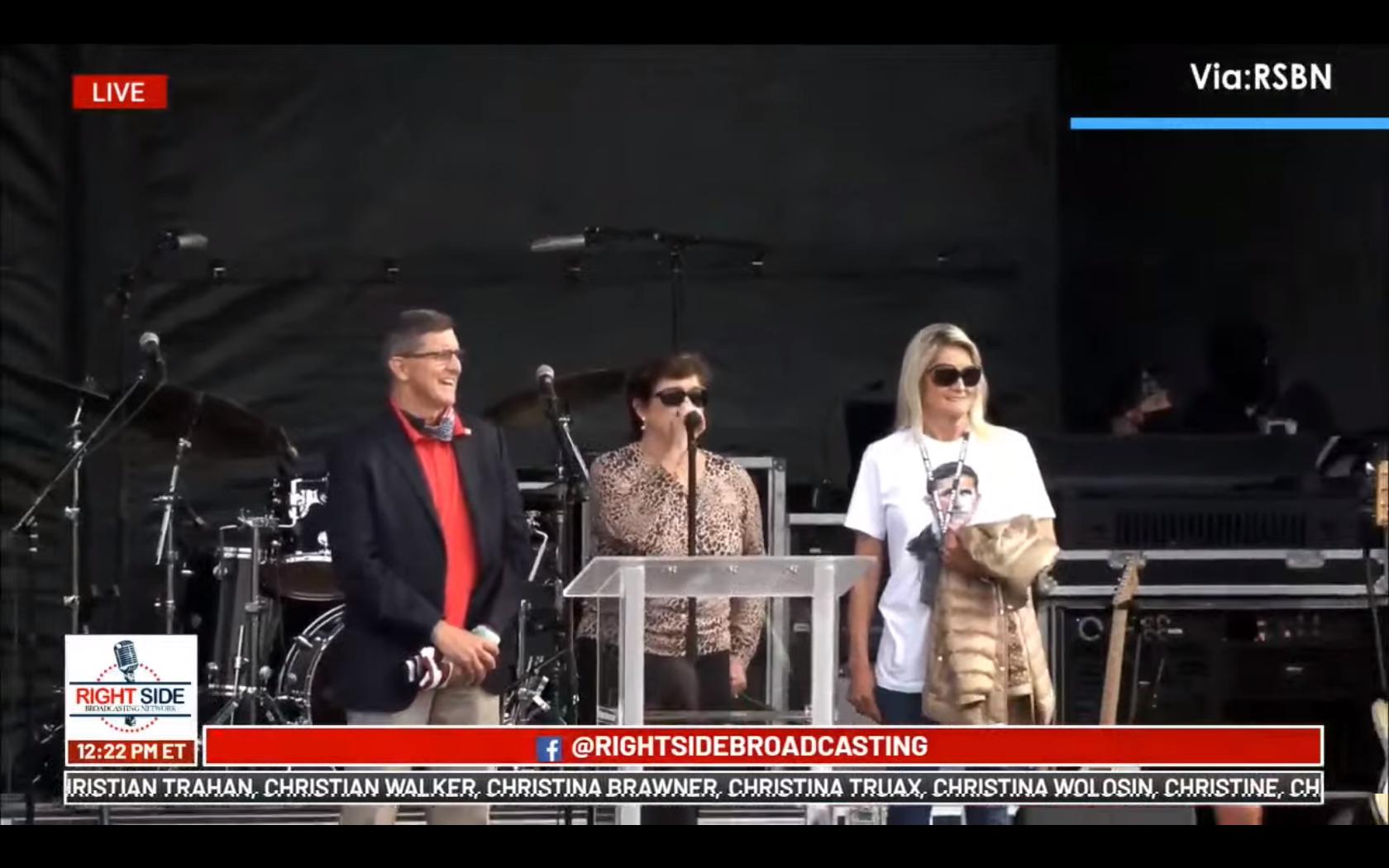 Screenshot at 2020-12-12 14:28:52 Flynn Family sing God Bless America.png