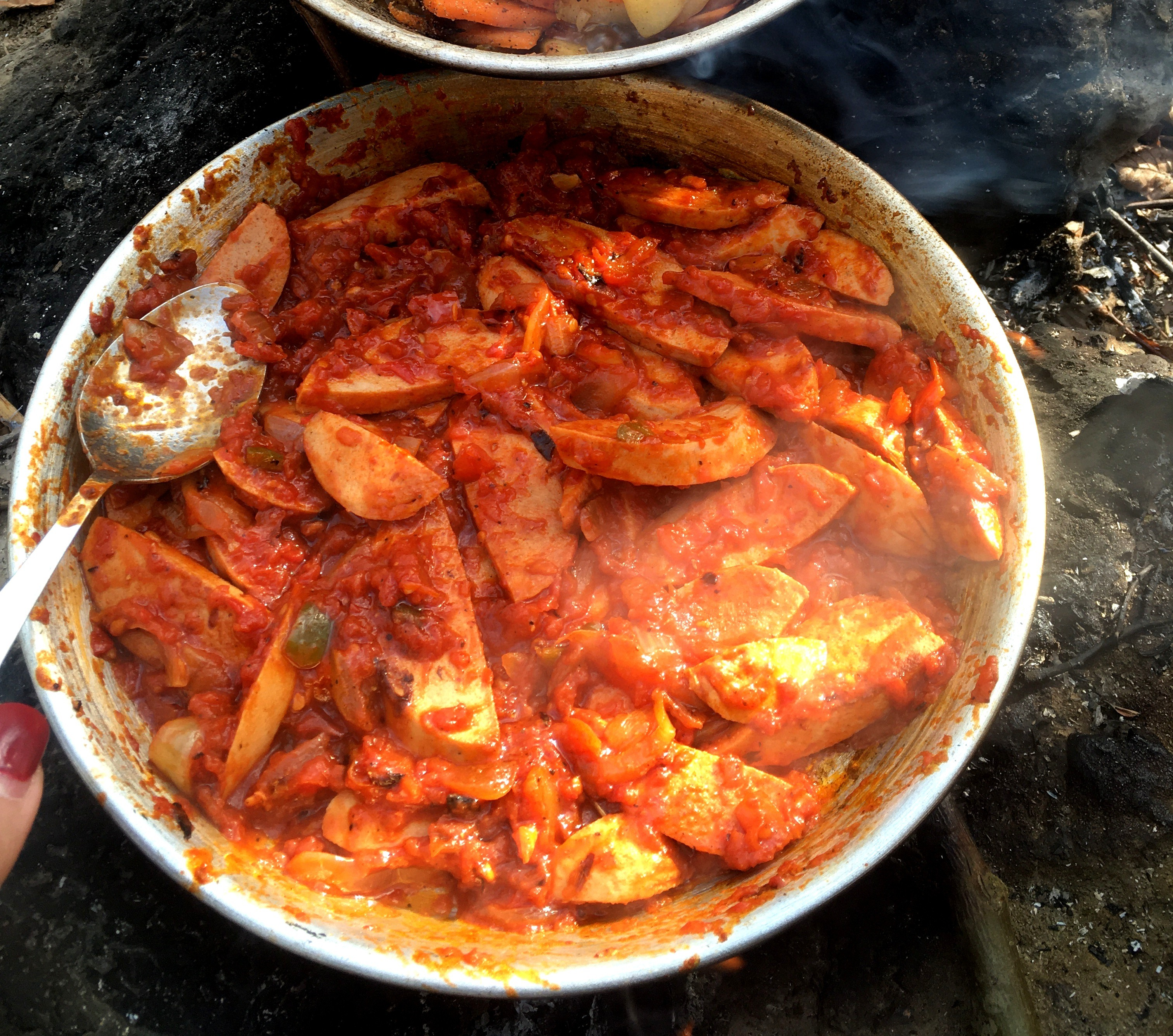 """Cooking in nature, how to prepare""""SosisBandari"""" ;  A delicious sausage-based dish"""