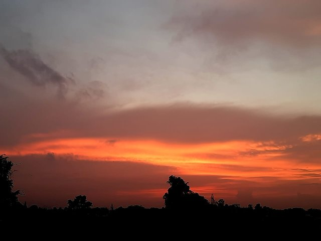 red sunset 5.jfif