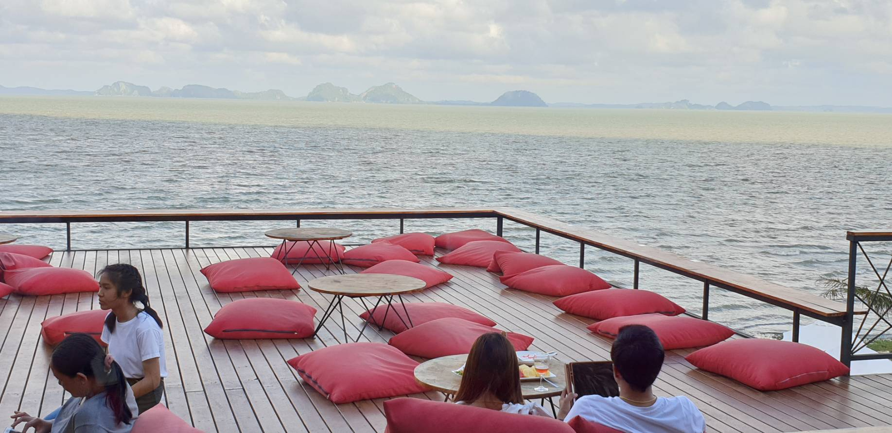 sea view14.jpg