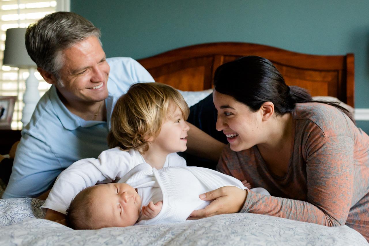family-457235_1280.jpg