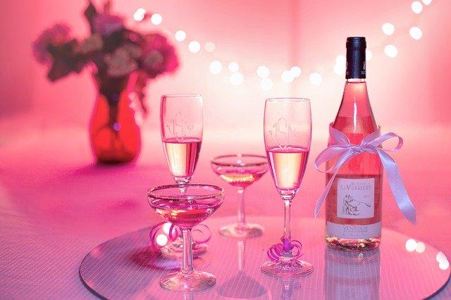 pink-wine-champagne.jpg