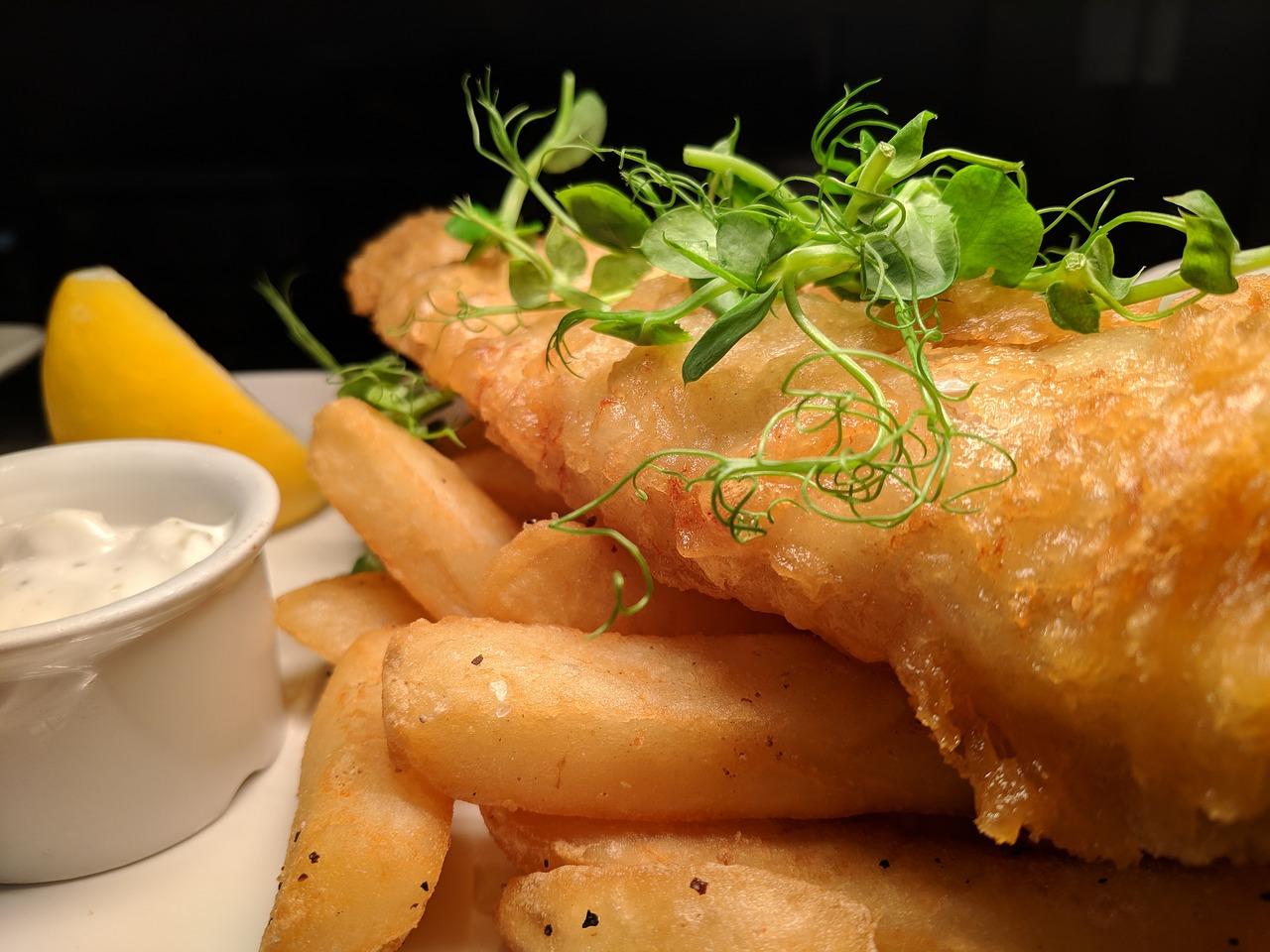 fish-and-chips-3591073_1280 pixabay.jpg