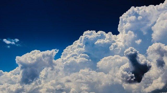 clouds-g7cd758bdd_640.jpg