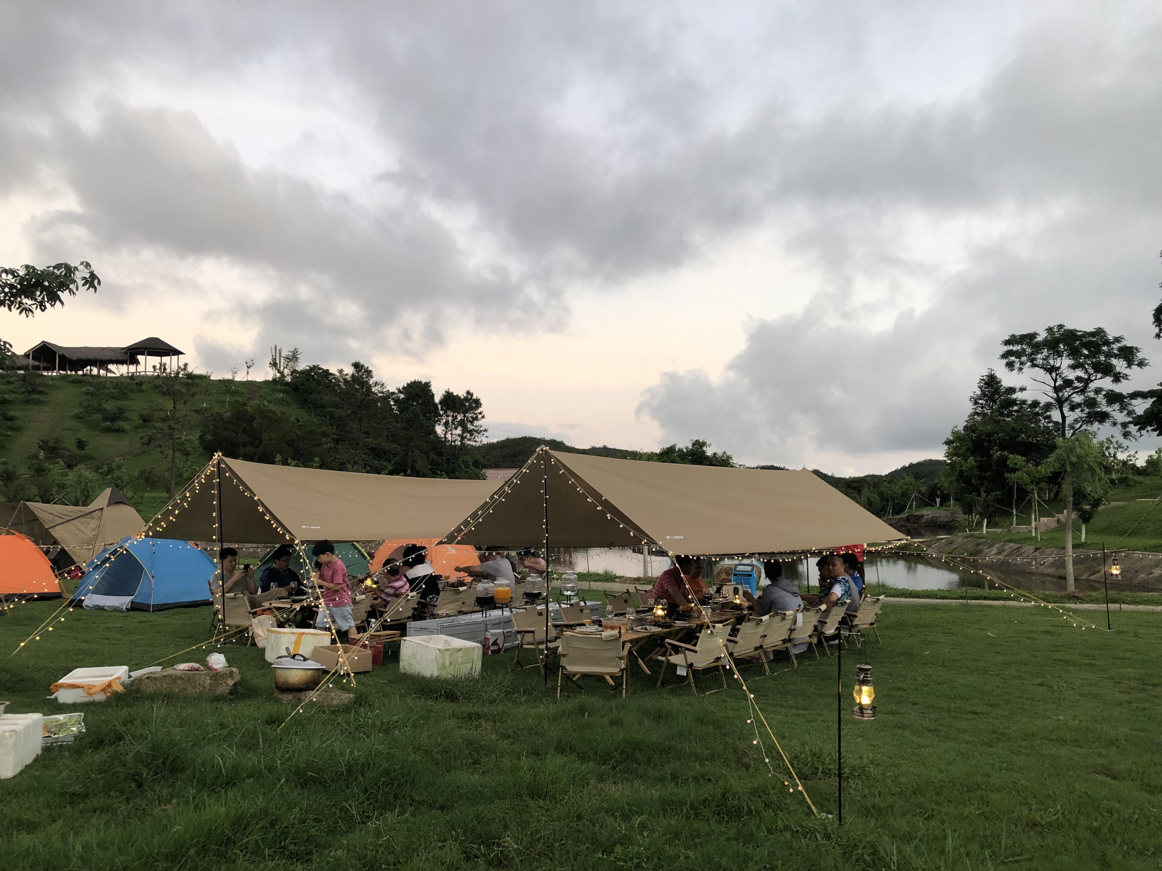鹅凰小镇露营