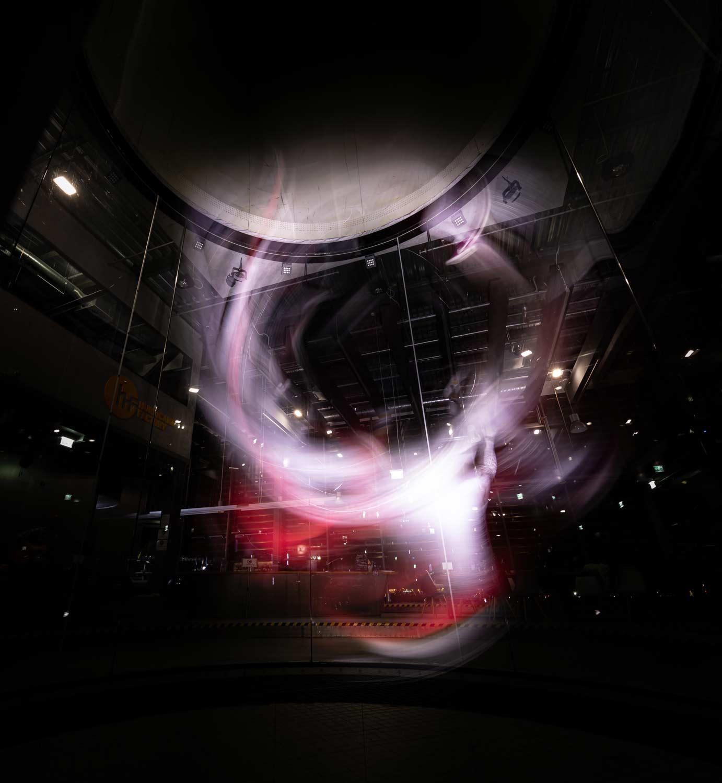 Light-Painting-GunnarHeilmann-Wind-Tunnel-Anna-Kat-shapes-01-1.jpg