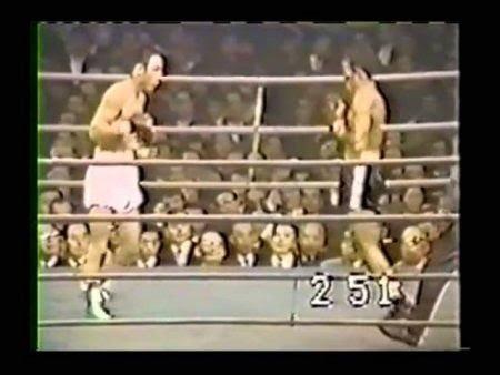 Betulio-González-vs-Masao-Ohba-450x338 (1).jpeg