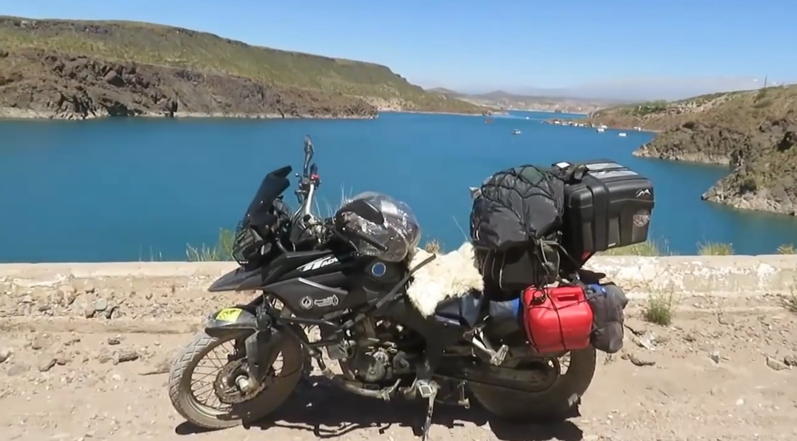 20.-La Ruta-40-9na-etapa-embalse-agua-del-toro.jpg