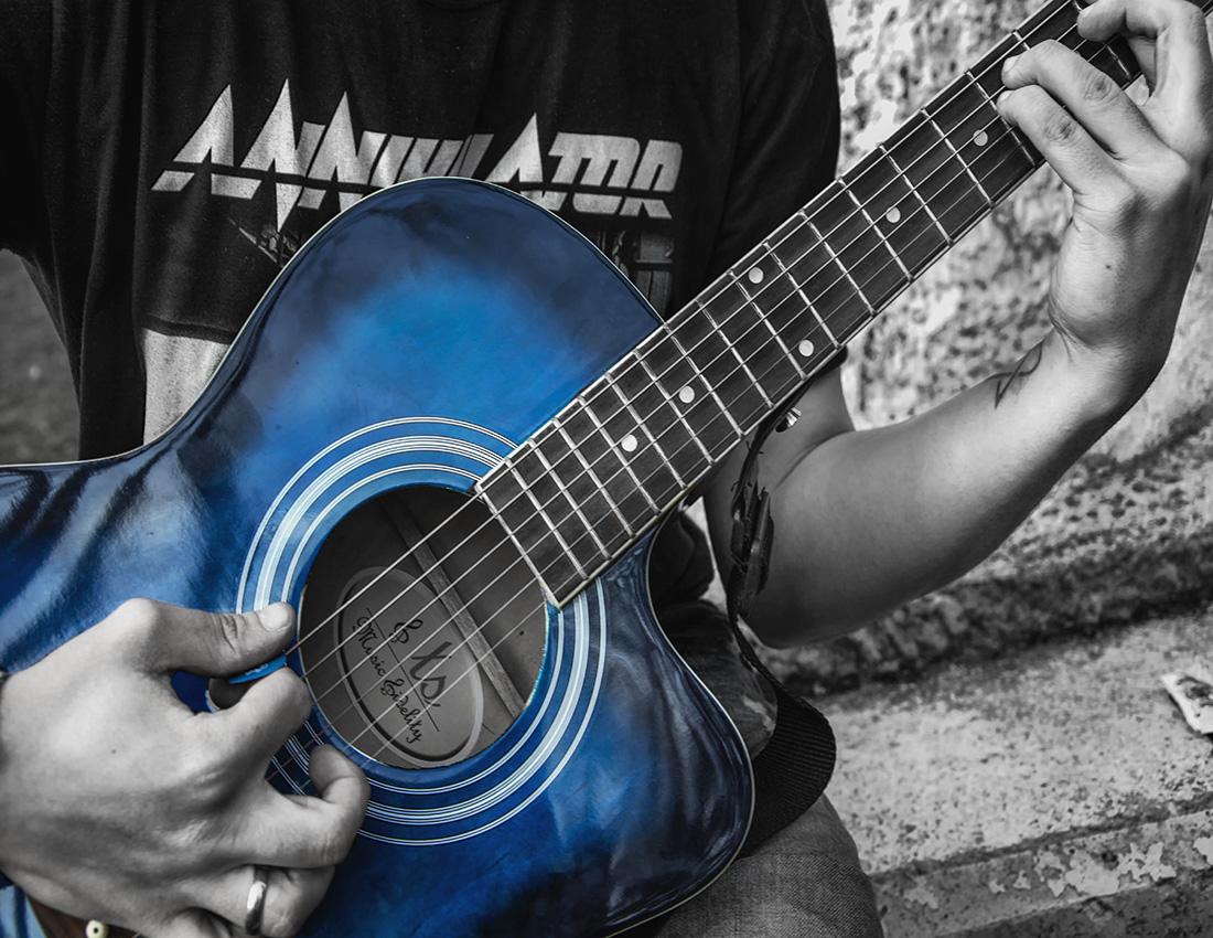 Blue guitar por oscarps (2) - copia - copia.jpg