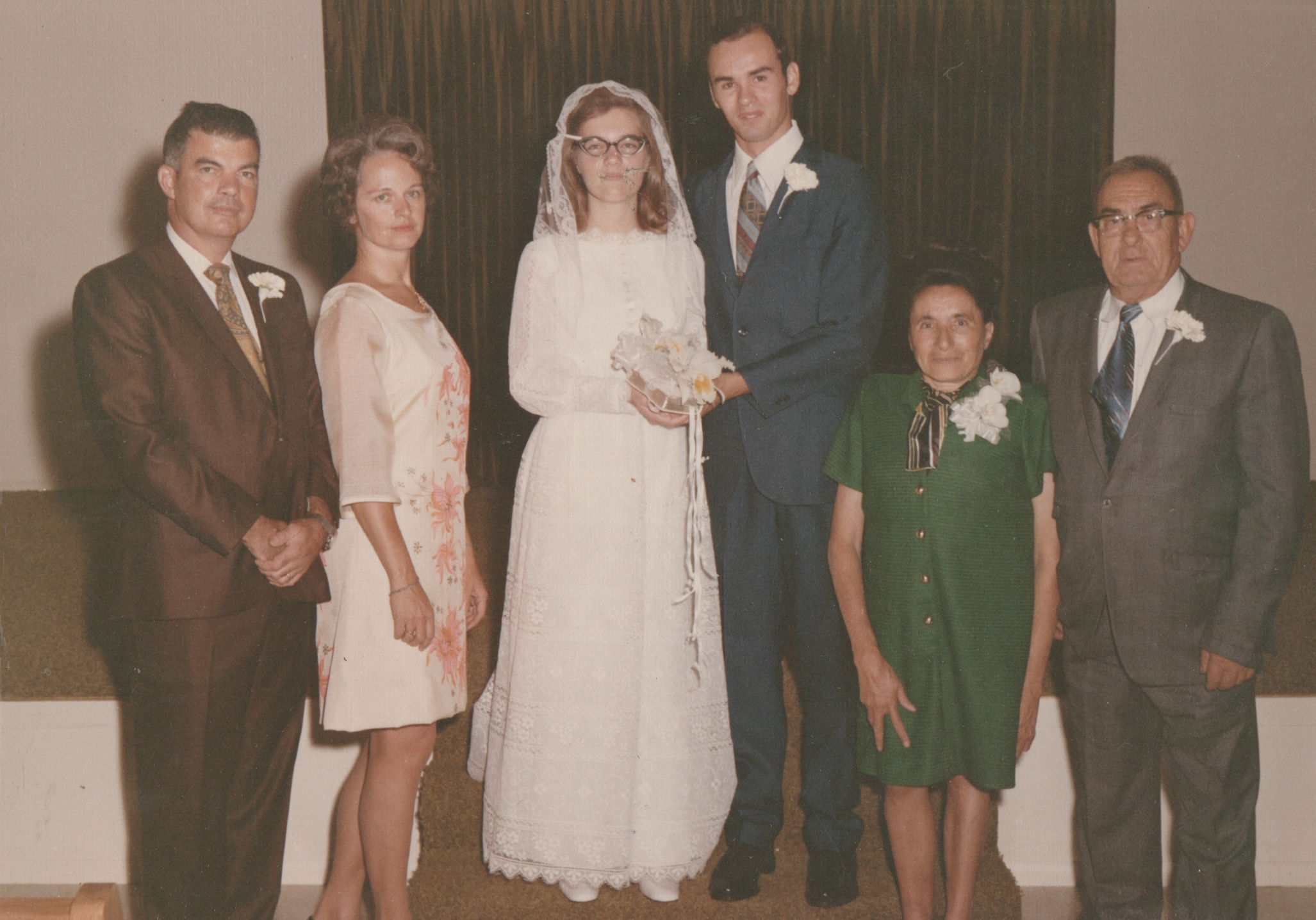 1971-09-04 - Saturday - Wedding Photos-04.png