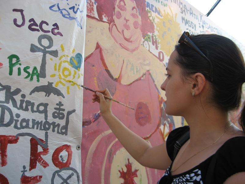 Lavi Picu - Artist at work.jpg