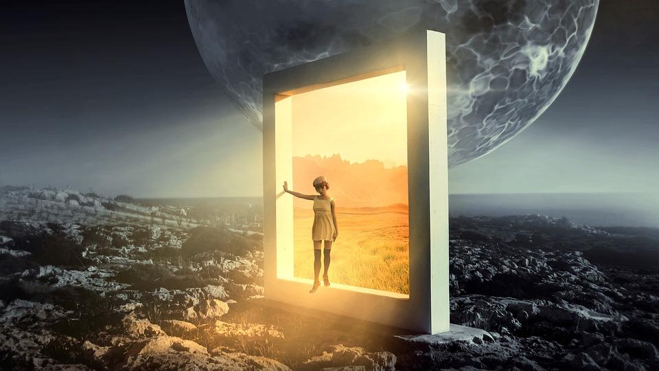 Fantasy portal pixa.jpg