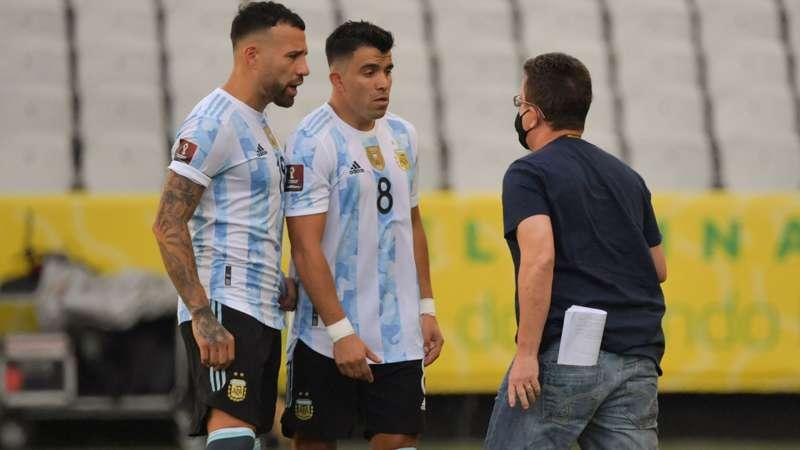 otamendi-acuna-argentina-brazil-2021_1ibf1klacp9xp1lzpexqg6dd15.jpg