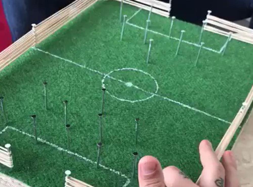 captura-del-video-en-el-que-se-ve-a-griezmann-marcando-un-gol-en-un-juego-de-futbol-casero--twitter-antogriezmann.jpg