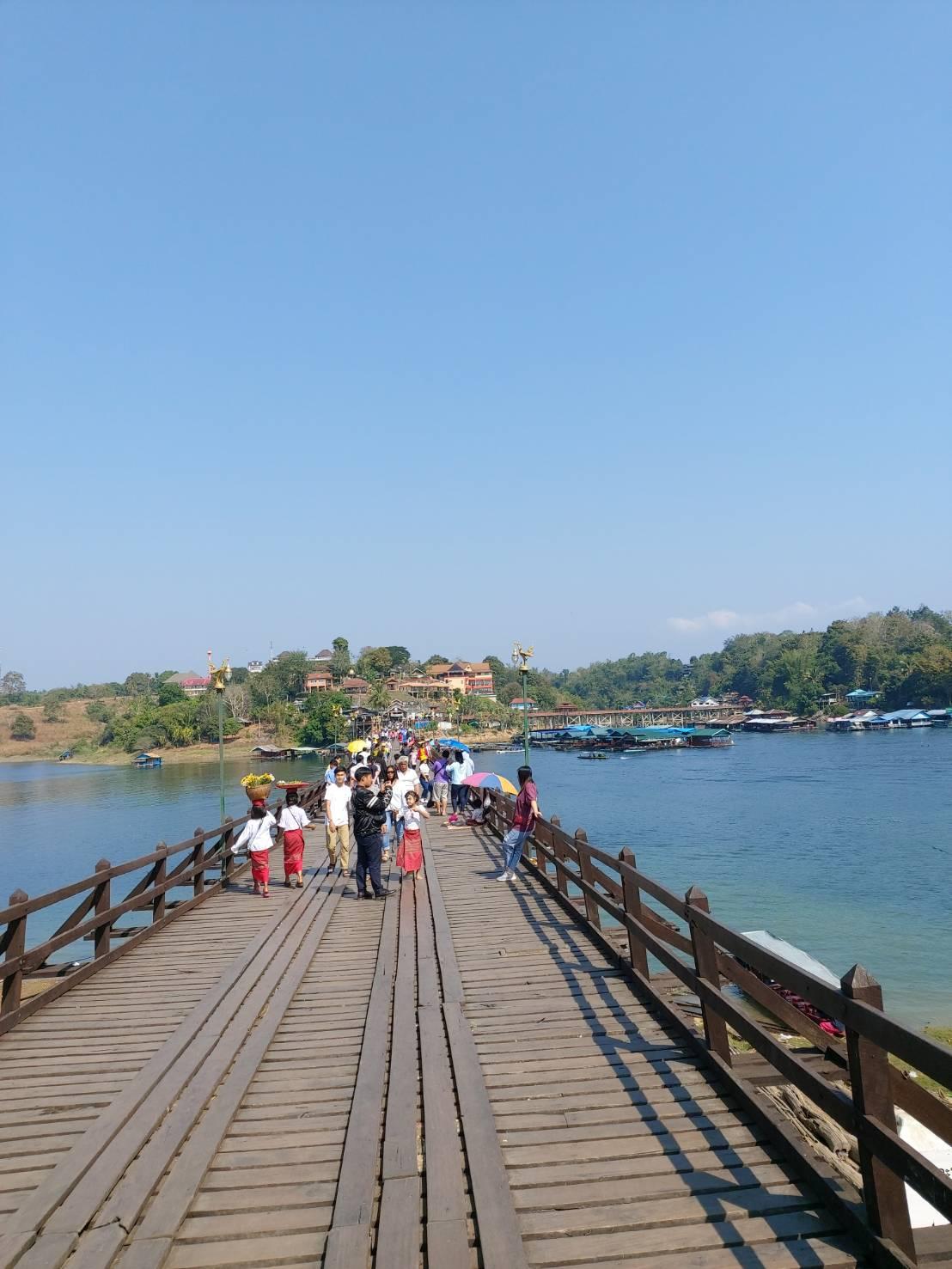 Mon Bridge4.jpg
