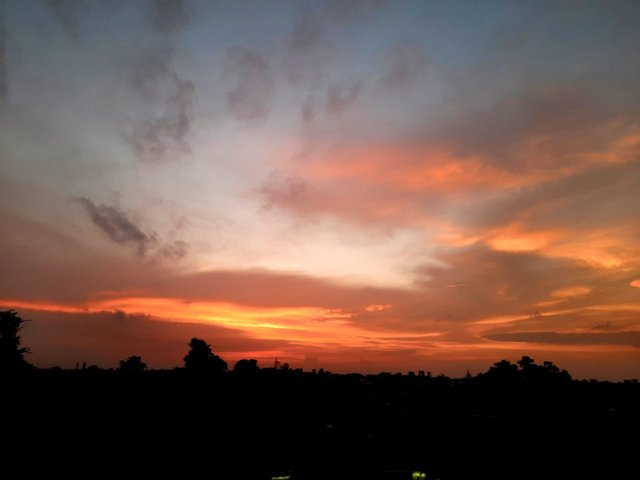 red sunset 1.jfif