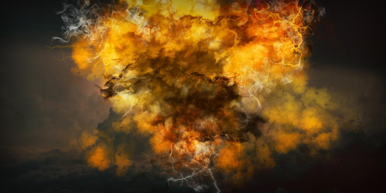 explosion-3863657_1280.jpg