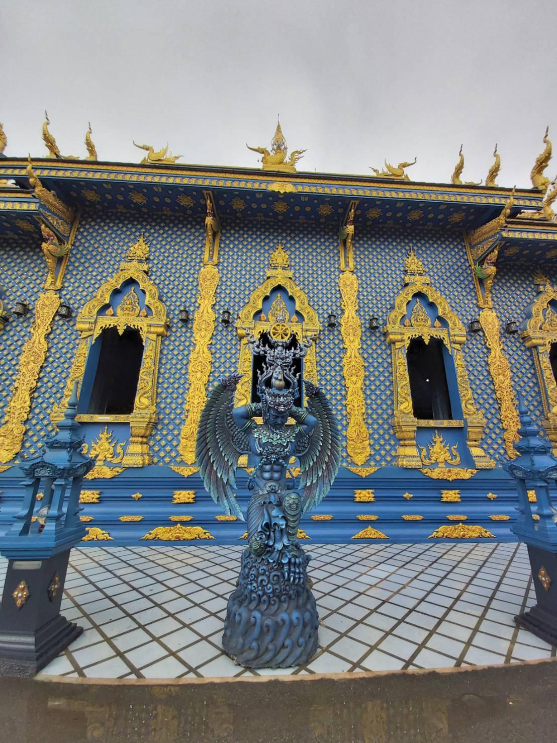 Wat Rong Suea Ten3.jpg