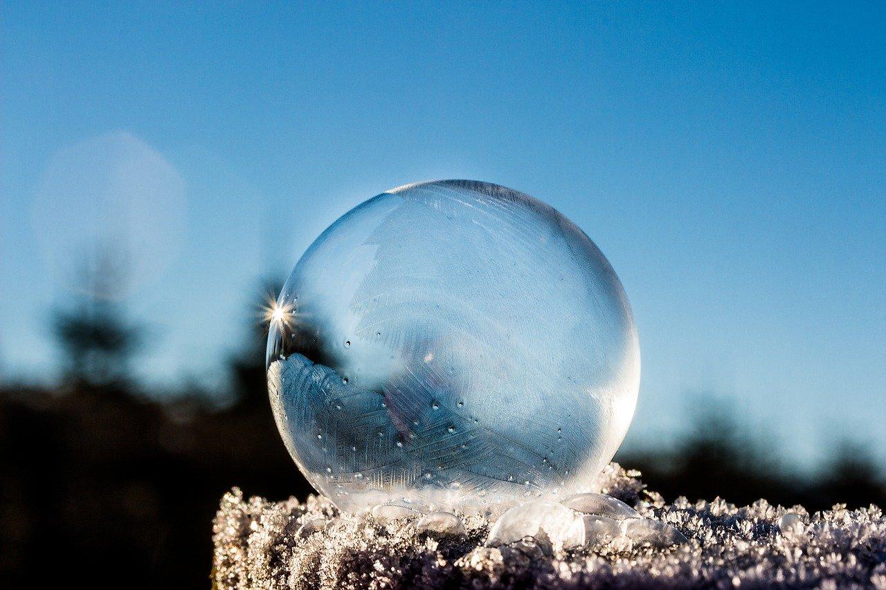 frozen-bubble-1943224_1280.jpg
