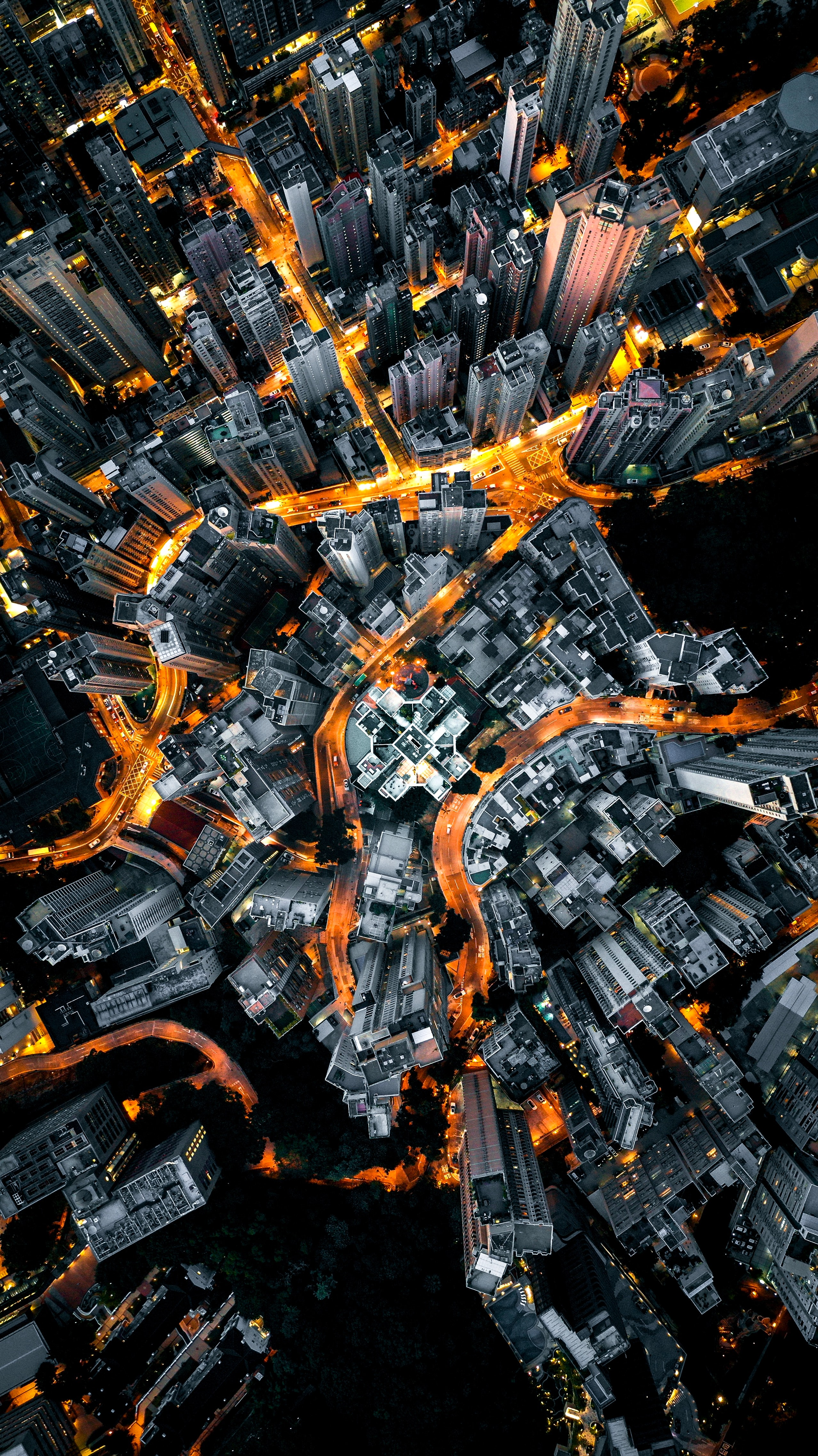 xiang-ji-UwPDjANCoJI-unsplash.jpg