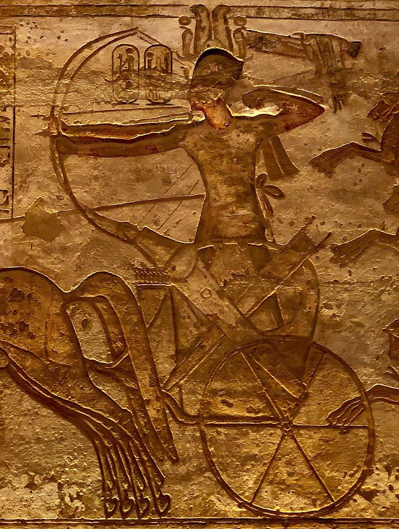 109.-Ramsés_II_en_Qadesh,_relieve_de_Abu_Simbel.jpg