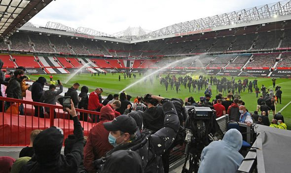 Manchester-United-vs-Liverpool-delayed-players-still-at-hotel-after-Glazers-protest-3032512.jpg