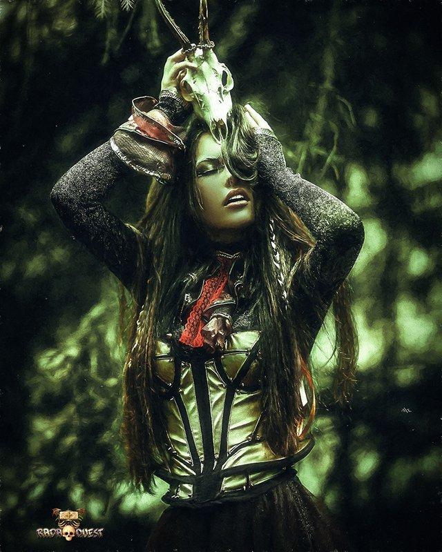 MiafirDreamCatcher_LW_Axeman.jpg