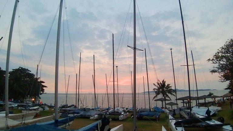 boats_and_sunsets_kohsamui99_026.jpg