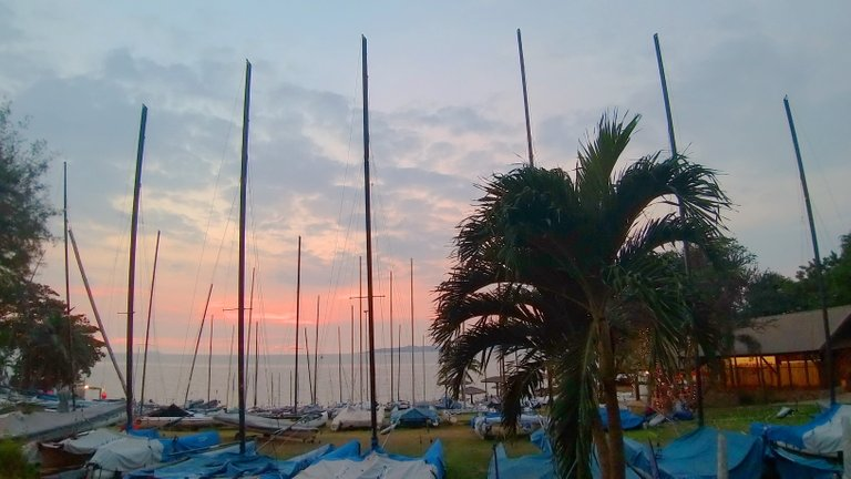 boats_and_sunsets_kohsamui99_033.jpg