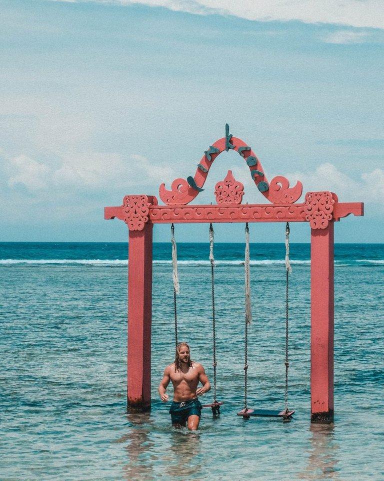 water swing indonesia